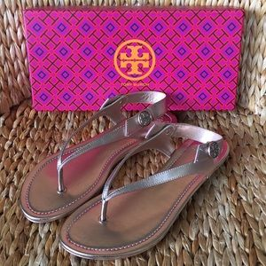NIB Tory Burch Rose Gold Metallic Thong Sandals 9M